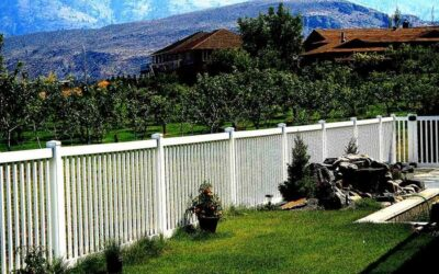 How Vinyl Fencing Adds Real Value to Your Home
